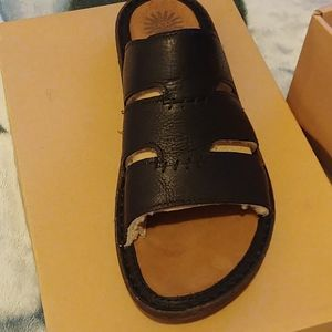 New Uggs mens sandals